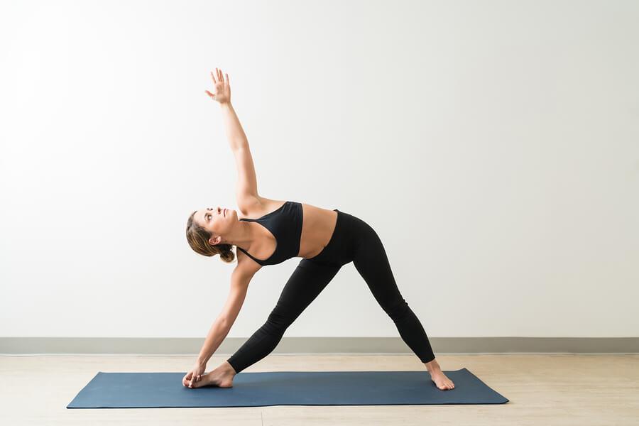 yoga triangle pose